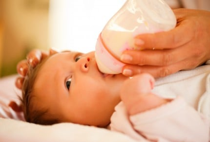"""災害時に注目を集めていた""""液体ミルク""""日本国内での販売が解禁へ"""