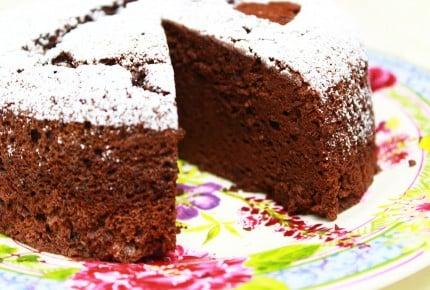 しゅわっと音が聞こえるぐらいフワフワ!濃厚チョコスフレケーキ