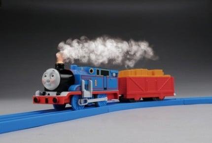 トーマスが蒸気を出して走る! プラレールに「蒸気がシュッシュッ!トーマスセット」が登場