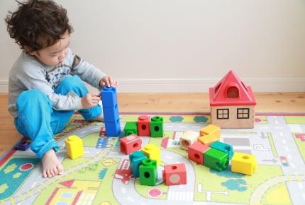 「コーナー作り」がポイント!保育園で導入されている、「子どもの自立心」を育むお部屋レイアウト術とは