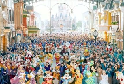 東京ディズニーリゾートCMメイキング動画が公開中!普段見ることのできない「深夜のパークやミッキーマウスの撮影風景」は必見