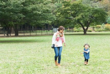 ママと家で過ごす未就学児は、何時頃に公園へ行くの?時間帯別の外遊びのメリットとは