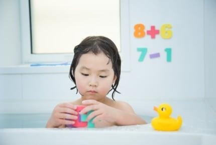 お風呂の黒カビは天井が原因!?お風呂おもちゃのアイディアとは