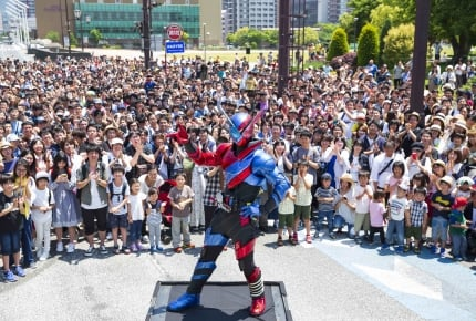 『劇場版 仮面ライダービルド』北九州市ロケで約3,000人が大熱狂!