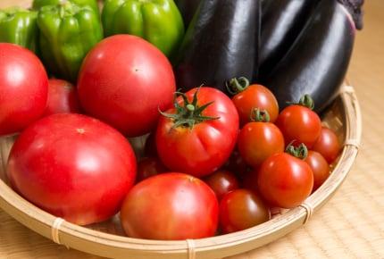 トマトを生のまま食べるのは損?抗酸化作用の高いリコピンの吸収率を高めるには「にんにく」「玉ねぎ」「油」を加えて加熱することがカギ