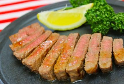 スーパーのステーキ肉をプロのように焼く方法