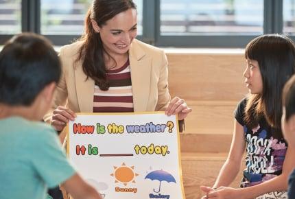 小学校低学年から英語を学ぶメリットはある?デメリットは?先輩ママのリアルな声