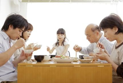 義実家での食事が口に合わない。がまんして食べるべき?
