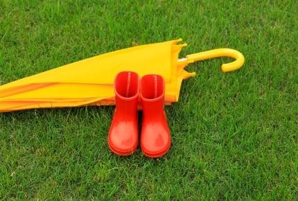 雨の日の子連れでの外出におすすめ!機能性重視の防雨選びとは