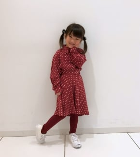 GIRLS レーヨンプリントシャツ(長袖)1,990円 GIRLS レーヨンフレアスカート2,990円