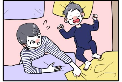 赤ちゃんが掛け布団を蹴飛ばす理由は?「睡眠中の寒さ対策」でしてはいけないこと