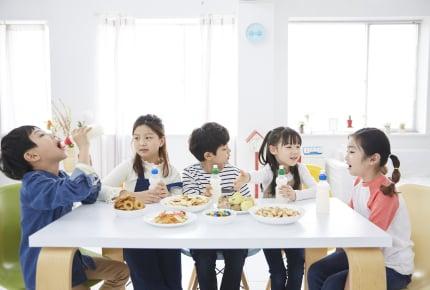 帰宅時間は3時ごろの幼稚園児。どんなおやつを食べていますか?幼児が食べるおやつの量の目安とは