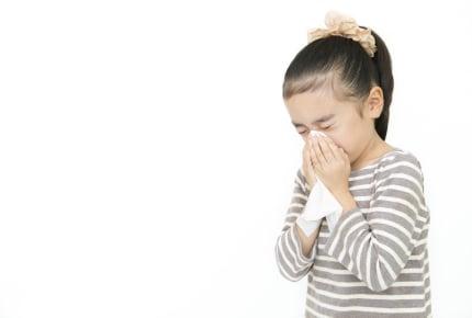 """子どもの風邪、治ってきたけどもう一度病院に行くか迷う……ママたちが考える""""再診の目安""""とは"""