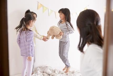 """子ども同士のお泊まりの""""常識""""。泊まりに行ったらお返しに招くのが礼儀?"""