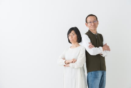 同居の義母・義父が嫁の仕事復帰に「世間体が悪い」と反対……従うべき?