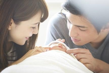 新生児が産まれたのに昼過ぎまで寝ているパパにイライラ……!ママの大変さを分かってもらうには?