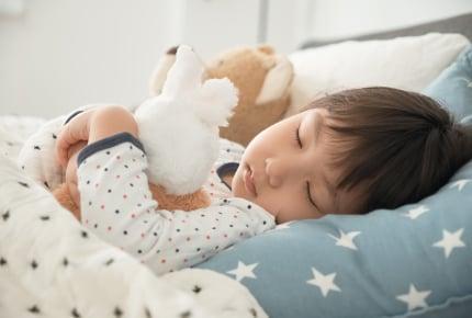 1人で寝られないうちの子は「幼い」ではなく……ママ友の意外な一言とは