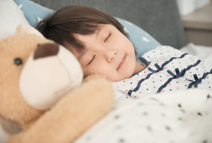4月に入園する子どもの起床時間と就寝時間は?生活リズムを整えるためにママたちができるサポートとは