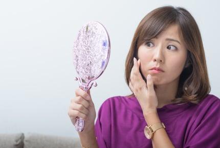 お肌のたるみや毛穴の開きが気になる……。ママたちの共感の声やリアルなスキンケア方法まで