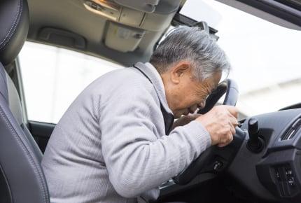 どんな説得も響かない高齢ドライバー。義父に運転をやめさせるには