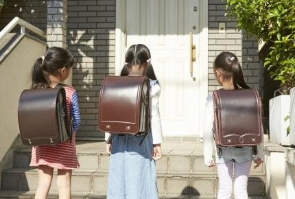 登校班で行き渋る子どものために全員遅刻。担任が下した判断に疑問の声殺到