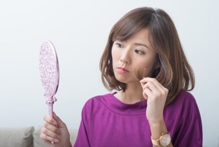 直毛の人が羨ましい!くせ毛の人がしている快適に日々を過ごす3つの方法とは?
