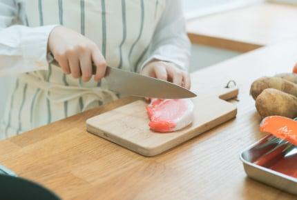 肉がついた調理器具を最初に洗ったらママ友にドン引きされた!「食中毒予防」みんなはどうしている?