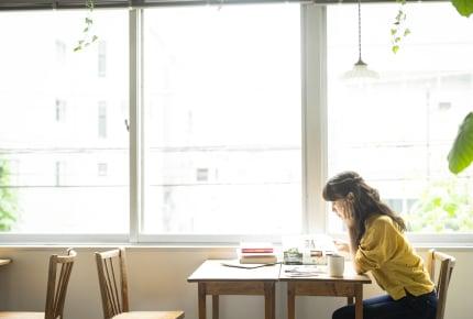 「ファミレスやカフェで勉強をする人が迷惑!」に賛否両論の意見