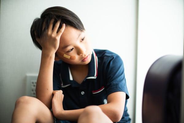 """ほかの子が意地悪されているのを、先生が「""""見て見ぬふり""""をして」と指導。発言をめぐり、ママたちが大討論会!"""