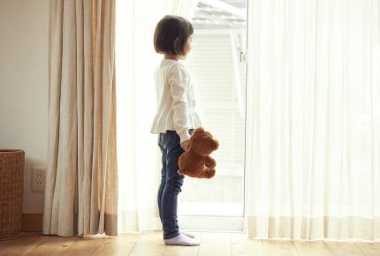 """小学生、近所の子ども同士でお留守番をさせるのは""""あり""""or""""なし""""?"""