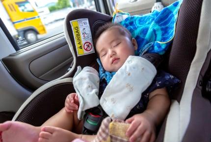子どもや赤ちゃんと車でおでかけ、車の中に常備しておくと便利なグッズを教えて!