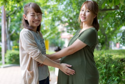 学校行事・ランチ・買い物…….常に一緒にいるママ友は、はたから見たらどう思う?