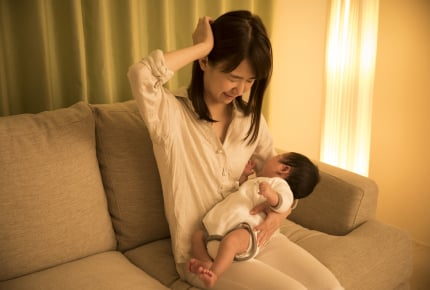 新生児の夜泣きがつらい、心配……先輩ママたちからのアドバイスや温かいエールも