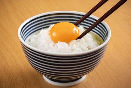 卵かけごはんには何を加える?入れると美味しくなるオススメ食材とは