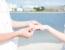 結婚後に婚約指輪をつけていたら友達に笑われた……。婚約指輪は冠婚葬祭だけ?