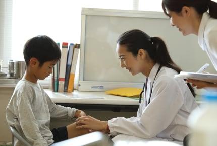 「子どもクリニック」へ行ったら乳幼児ばかり!小学生なら内科へ行った方がいい?