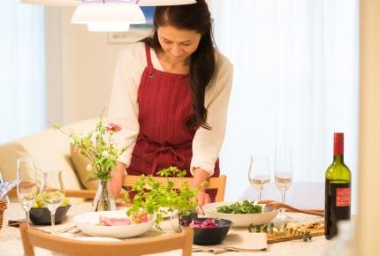帰省中の実家の食事、お嫁さんが作るのは当たり前なの!?帰省する側が手伝えること、事前にしておきたいことは?