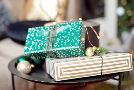小学校高学年女子のプレゼント交換。肌につけるもの、学校へ持ち込み禁止のものだと後々の関係が悪くなる?