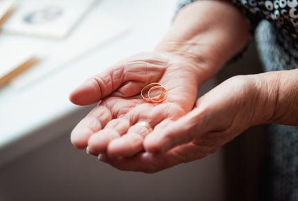 大好きな祖母の形見の指輪。弟のお嫁さんに渡すのにモヤモヤ