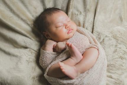 夜、エアコンオフした寒い部屋で赤ちゃんを寝かせていても大丈夫かな?