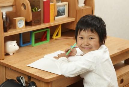 学習机はもはや必需品ではない?子どもの小学校入学前に購入を迷っていた我が家の場合