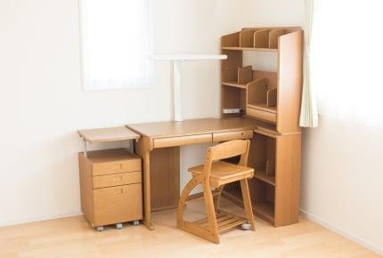 どんな学習机を買ったのか教えて!こだわったママ、買わなかったママ、それぞれの理由とは?