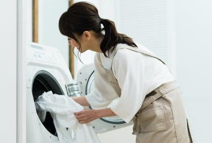 洗濯したてなのにゴミやほこりがついている!考えられる原因と解決方法は?