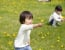 公園で誰とでも遊びたがる我が子……嫌がられることもありどうしたらいいか悩んでいます