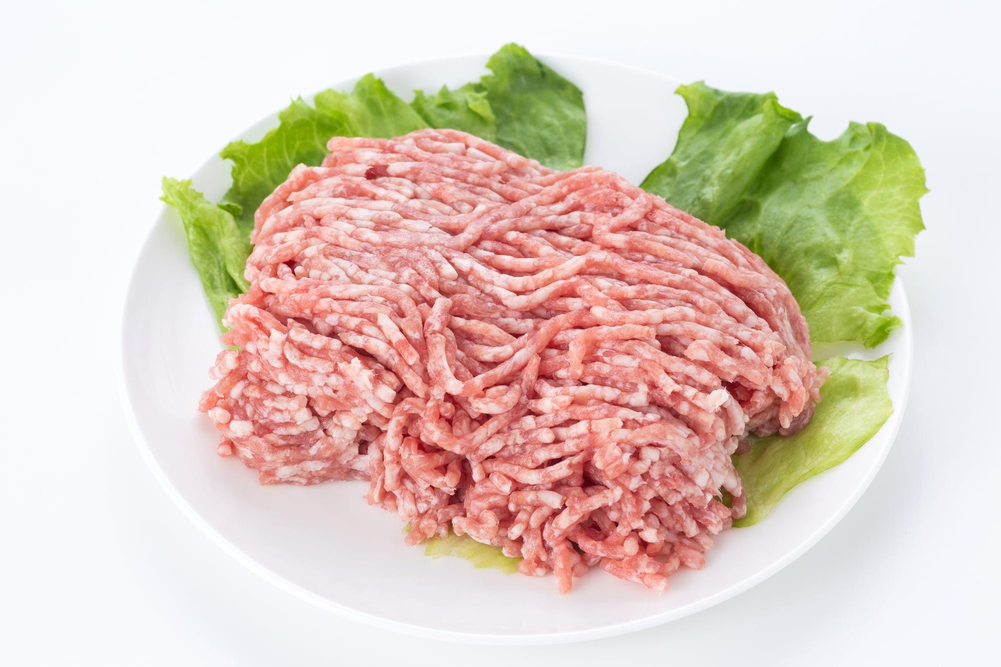キャベツ ピーマン ひき肉