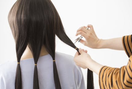 ヘアドネーションのためにバッサリ髪の毛を切った娘。しかし寄付できる髪の長さが足りなかった……!ママさんたちは娘に打ち明ける?