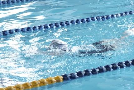 水泳の授業で「セクハラ」と思うような体験をしてきたママたち。改善のためできることは?
