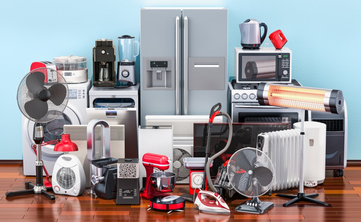 Kitchen and household appliances on the wooden floor in the room