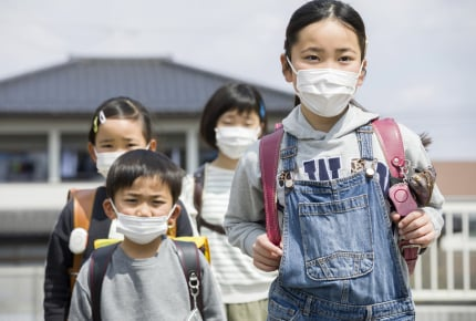 学校で「マスクを外してよい」基準とは?気温・湿度や暑さ指数が高い日のマスク着用ルールが変更に