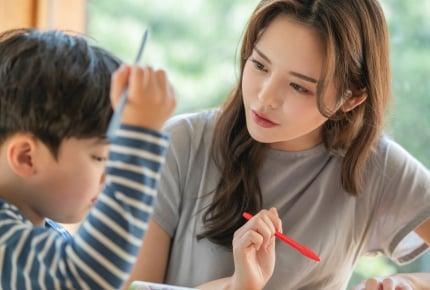 小学生の宿題の丸つけが負担。丸つけはママの宿題ですか?